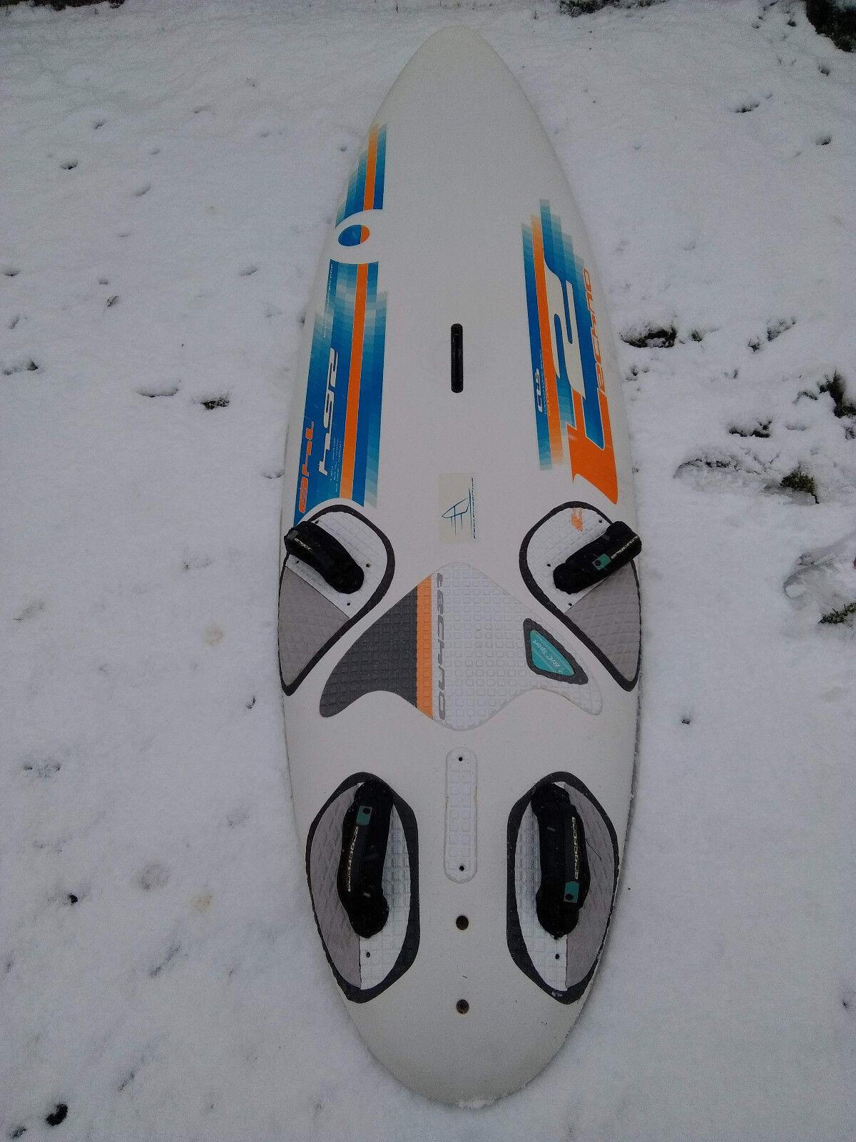 BIC Surfbrett 148 148 Surfbrett Liter, WIndsurfen, Windsurfbrett 97a40d