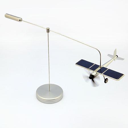 Avion Solaire Modèle Décoration en Acier  Aéroplane