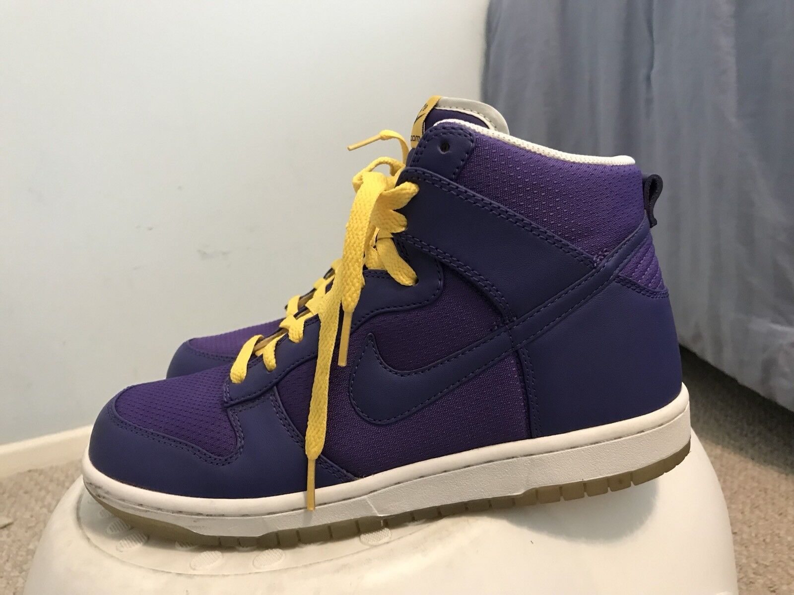 Nike Dunk High Lakers Sz 8 NDS