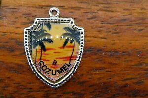 Vintage-sterling-silver-COZUMEL-MEXICO-BEACH-CARIBBEAN-TRAVEL-SHIELD-charm-E25
