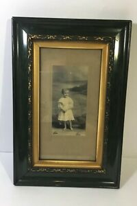 Antique-Victorian-Picture-Frame-1900-Good-Guilt-And-Green-Frame-9-X-13-5