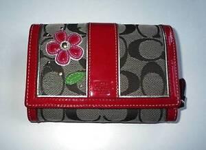 NEW Coach Ltd Ed Khaki Signature C Patent Flower Applique Purse Bag ... 428182a5c5b79