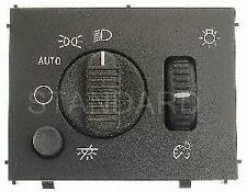 Standard Motor Products HLS1048 Headlight Switch