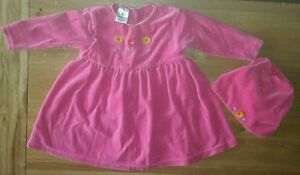 Baby-girls-ladybird-pink-outfit-set-dress-and-mayching-hat-age-9-12months