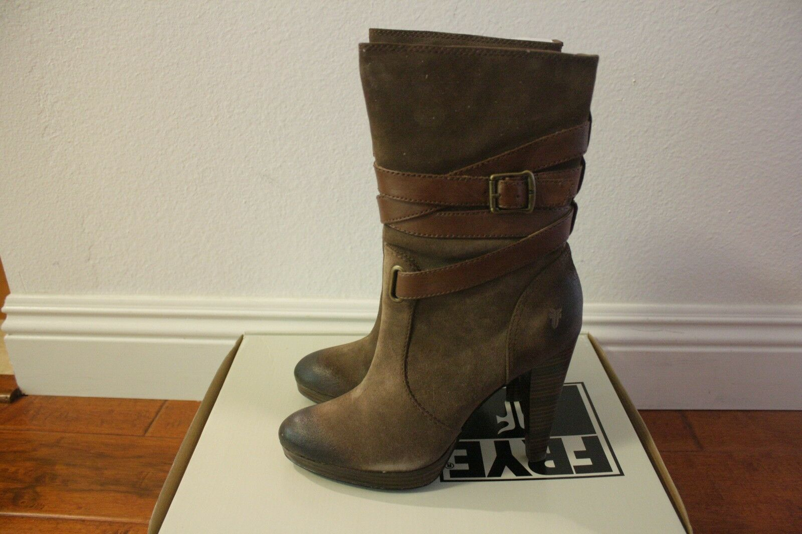 FRYE Womens Harlow Multi Strap Boots NEW Size 10 Dark Brown Suede $358