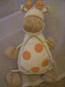 NEXT SOFT CUDDLY TOY WHITE ORANGE SPOT GIRAFFE COMFORTER TEDDY BEAR NEXT EASTER - <span itemprop='availableAtOrFrom'>Leicester, United Kingdom</span> - NEXT SOFT CUDDLY TOY WHITE ORANGE SPOT GIRAFFE COMFORTER TEDDY BEAR NEXT EASTER - Leicester, United Kingdom