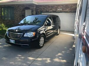 Chrysler  town and country 2013 for sale