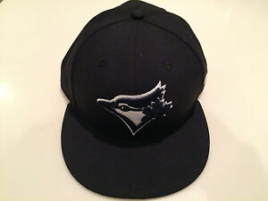 Toronto Blue Jays Navy Custom New Era Cap Hat 7 1 8 59fifty Fitted ... 78e39502f242