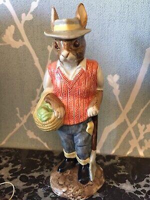 Figures/ Figurines Royal Doulton.john Beswick,gardener Rabbit.ltd Edtion Rare