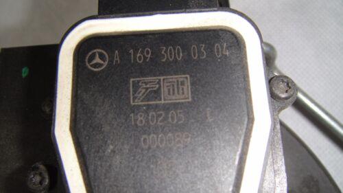 Pédale accélarateur Mercedes classe A W169    A1693000304