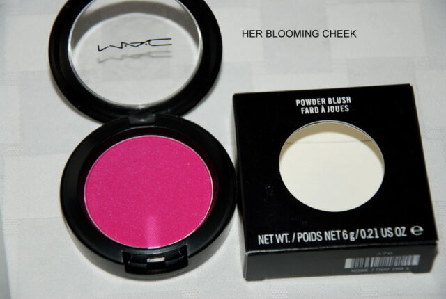 MAC POWDER BLUSH HER BLOOMIMG CHEEK ,NEW IN BOX
