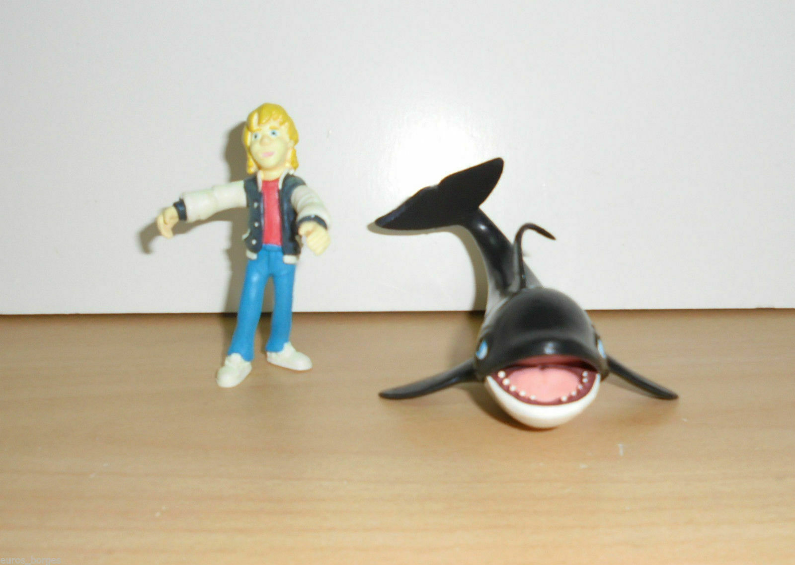 Complete Set    FREE WILLY 2 PVC Figures figurine WARNER BROS 1995 767df5