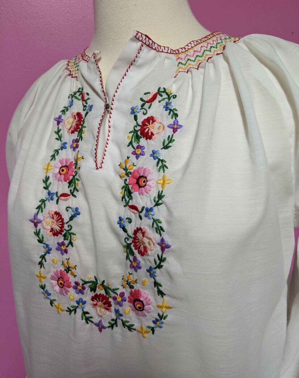 Hungarian Folk Embroidered Blouse/Size XS/S/Peasa… - image 3