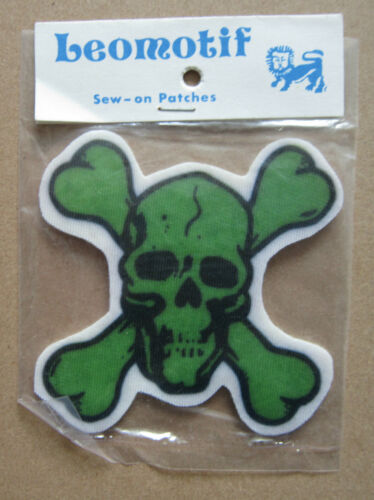 Skull And Crossbones Vintage Leomotif Cloth Sew On Patch Badge Crafting Sewing