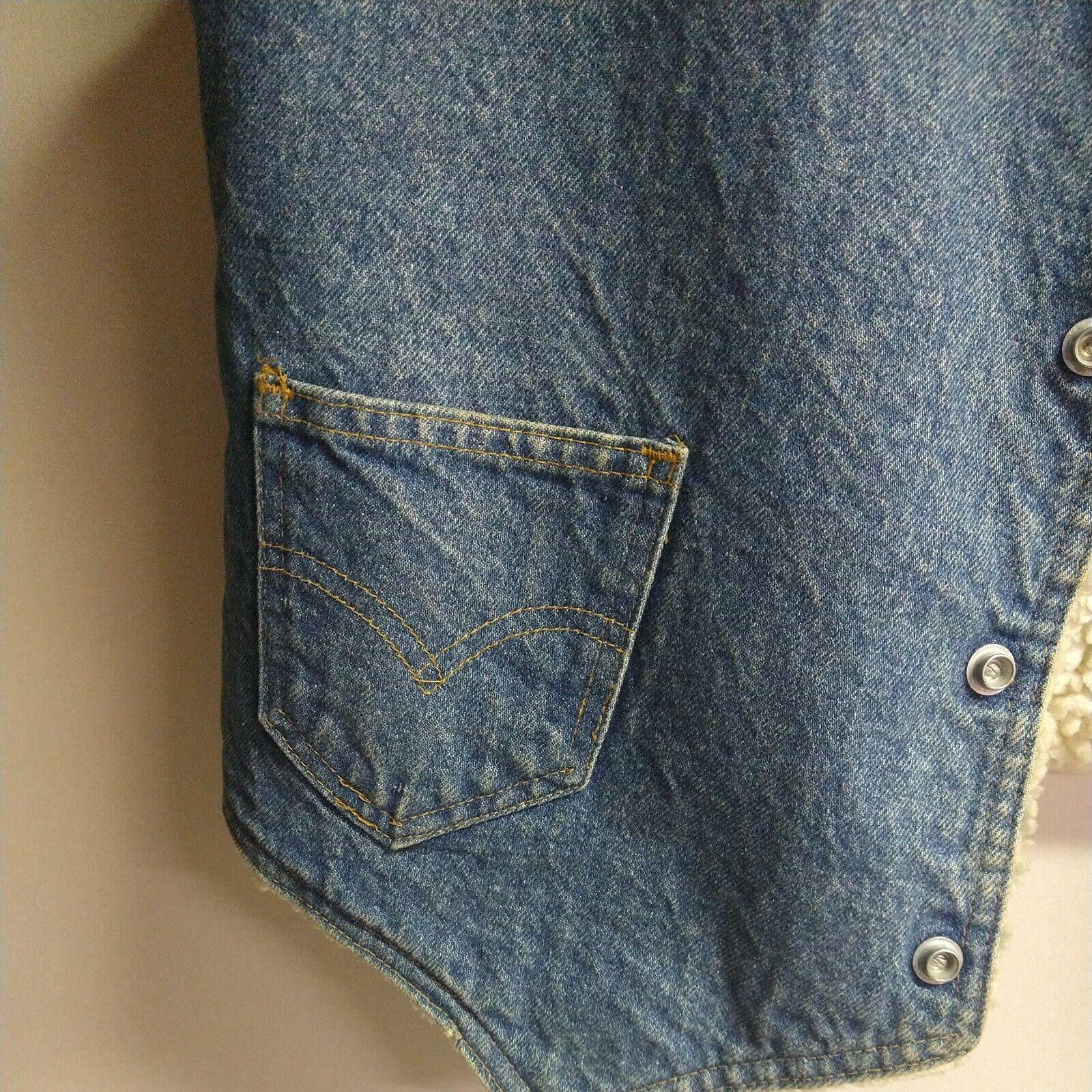 Levis vintage clothing Vest made in USA - image 3