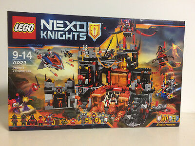 2019 Nuovo Stile Lego Nexo Knights 70323 Jestro's Volcano Lair Nuovo 6 Powers Lavaria Bookkeper Alta Resilienza
