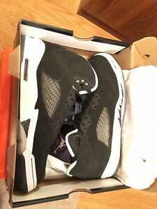 Air-Jordan-5-Retro-Oreo-Size-6-YOUTH-Black-White