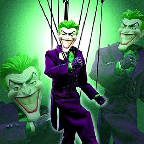 New in box - batman und joker marionnettes