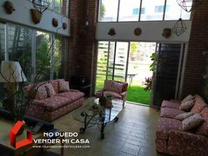 Casa 4 recamaras con alberca en Burgos