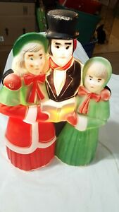 Vintage-18-034-Empire-Victorian-Carolers-Christmas-Blow-Mold-Lighted-Yard-Decor