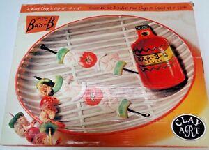 New-NIB-Vintage-Clay-Art-034-ON-THE-BAR-B-034-Ceramic-Chip-Dip-Serving-Platter-1998