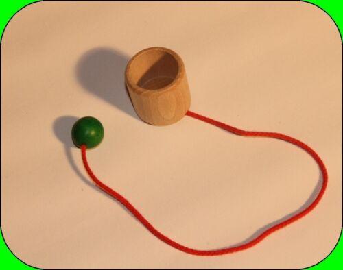 Becher 36 x 36mm  NEU Holzspiel Geschicklichkeitsspiel Fangbecher D Kugel=20 mm
