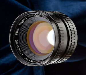 Fujinon-TV-25mm-f0-85-C-mount-lens