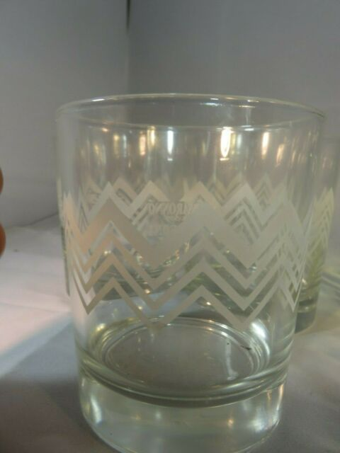 DISARONNO WEARS MISSONI GLASSES SET OF TWO ROCKS GLASS ETCHED ZIG ZAG 2
