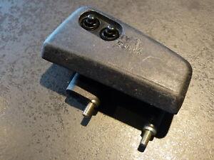 VW-Passat-85-88-boquillas-vigas-con-spritzdusen-izquierda-cables-de-acero-nuevo-ORIG-321955101f-cc3