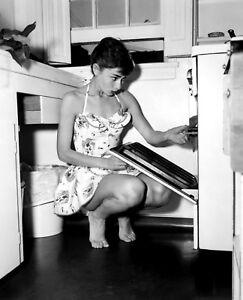 Audrey Hepburn 8x10 Celebrity Photo Picture Hot Sexy Classic 3