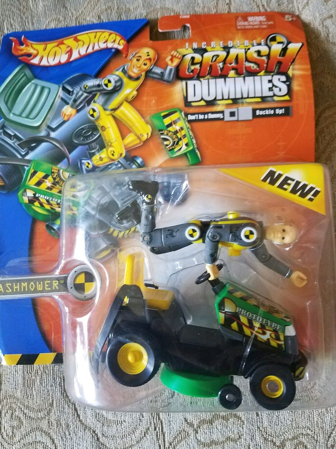 RARE HOT WHEELS CRASH DUMMIES CRASH MOWER, NIB