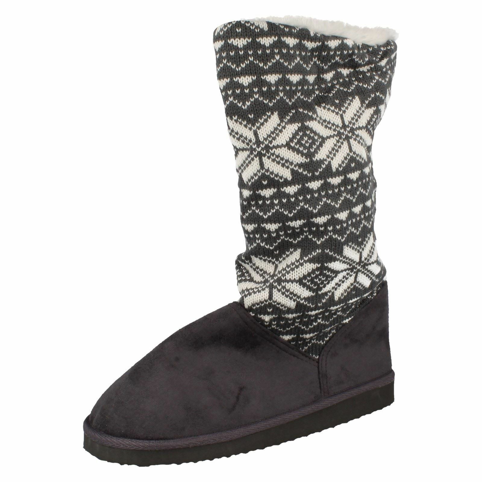 Ladies Spot On Snowflake Print Knitted Boots
