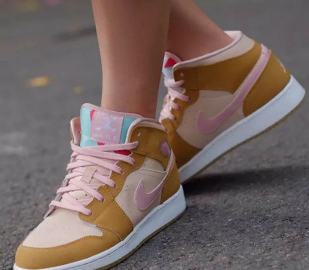 Air Jordan 1 Mid WB GS Hare Lola Bunny Wheat Pink GirlsPrice reduction 9.5 New shoes for men and women, limited time discount