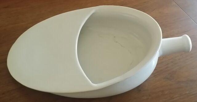 Antico vaso da notte, padella, in ceramica di laveno