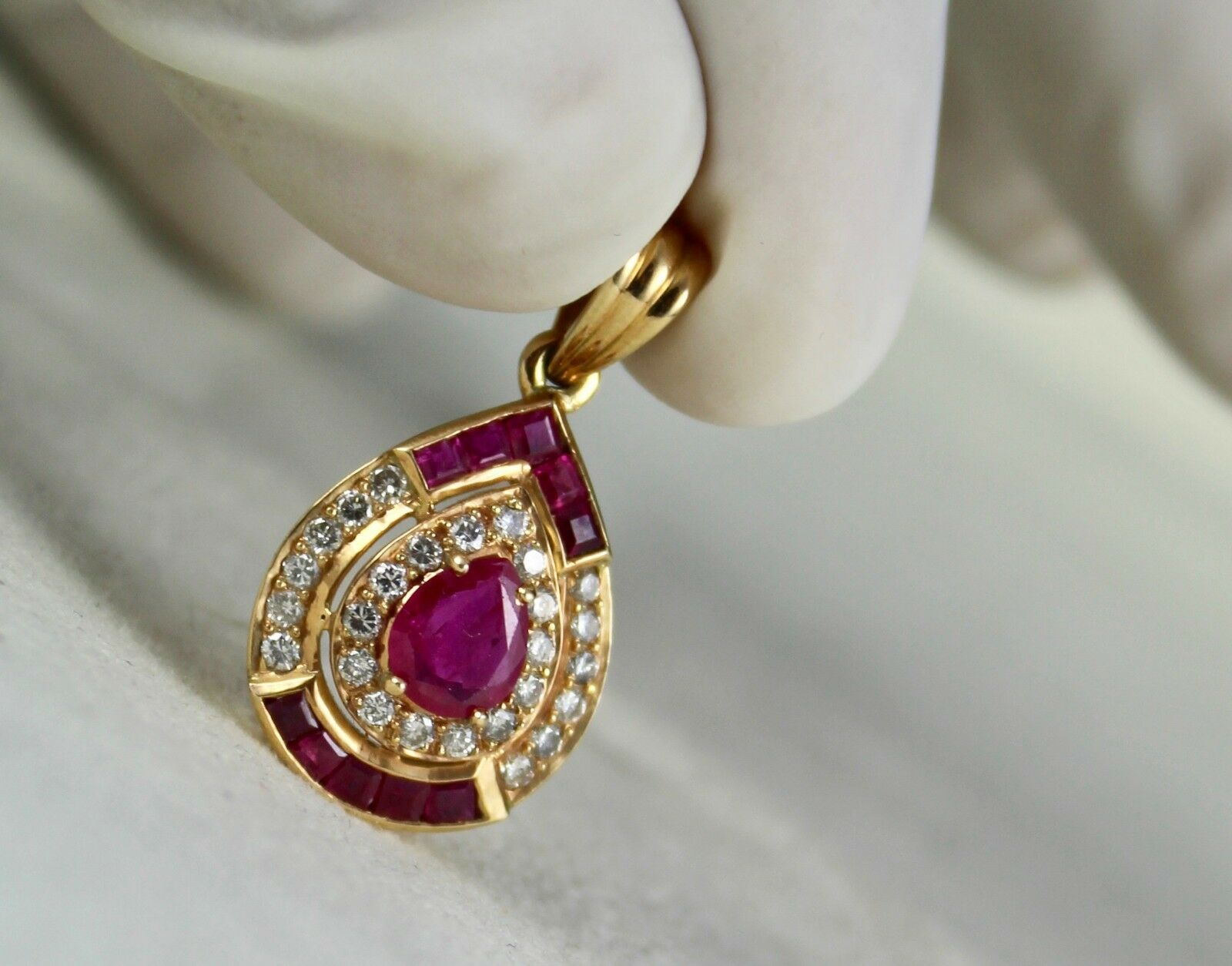EXCLUSIVE NATURAL HEATED RUBY PEAR DIAMOND PENDANT IN 18K YELLOW gold