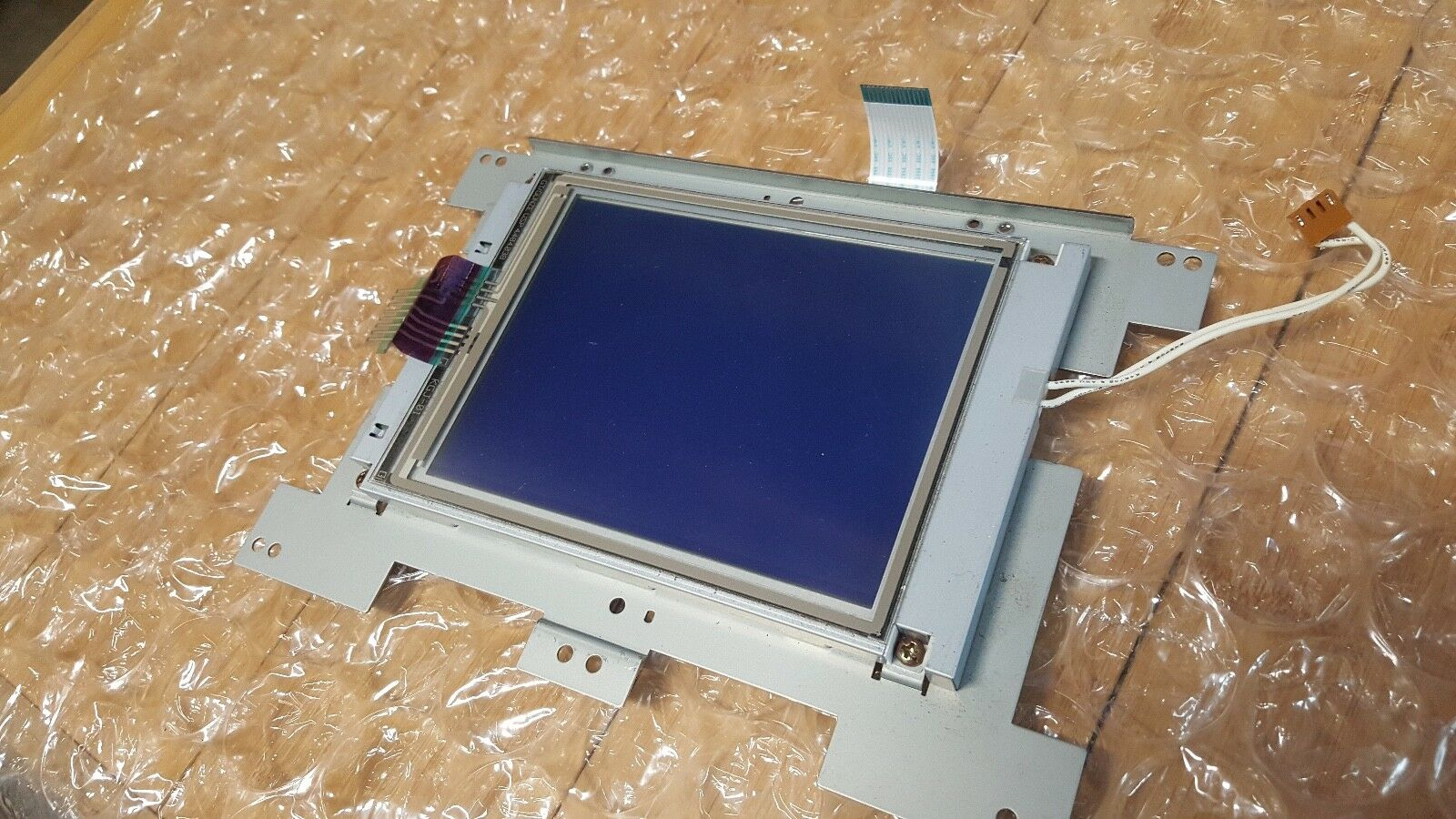 Korg Triton Studio 88 FACTORY SCREEN UNIT TOUCH SCREEN w cables