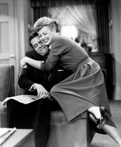 """I LOVE LUCY TV SHOW 8/"""" X 10/"""" GLOSSY PHOTO REPRINT"""