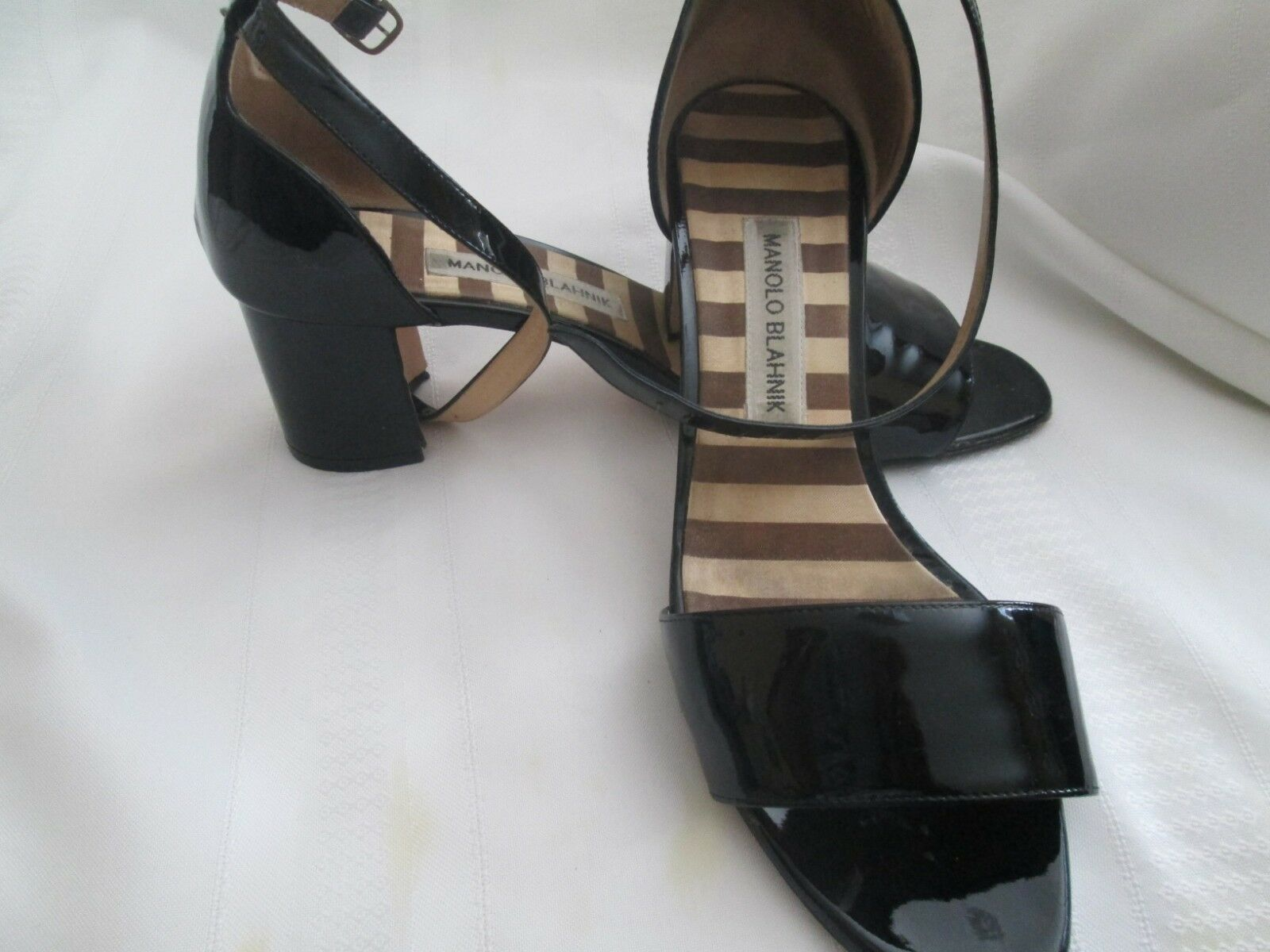 Monolo blahnik  brevetto leter ankle sandali,nero,8.5,made in   negozio a basso costo
