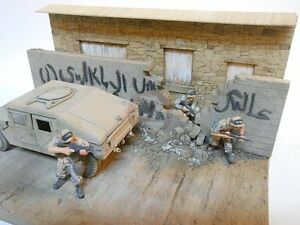 Dioramas-Plus-1-35-Baghdad-Breakdown-Ruined-Iraqi-Building-amp-Wall-w-Base-DP23