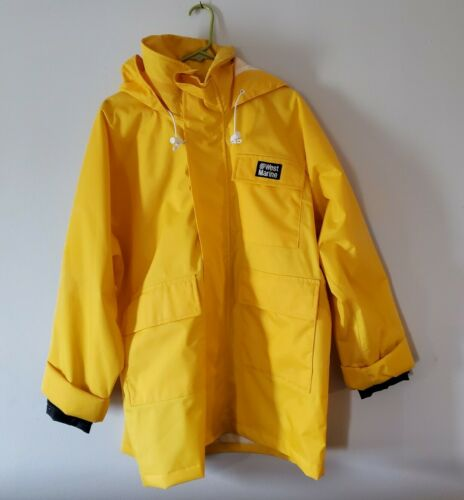 West Marine Nautical Gear Yellow Hooded Rain Jacke