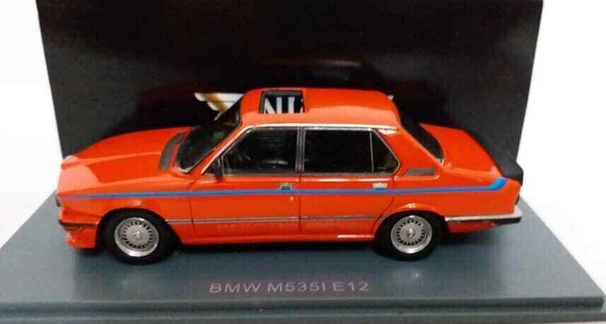 1 43 Neo Model BMW 5er 535i E12 Rojo 1978