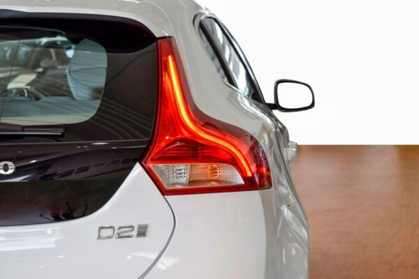 Volvo V40 2,0 D2 120 Inscription aut. - billede 3