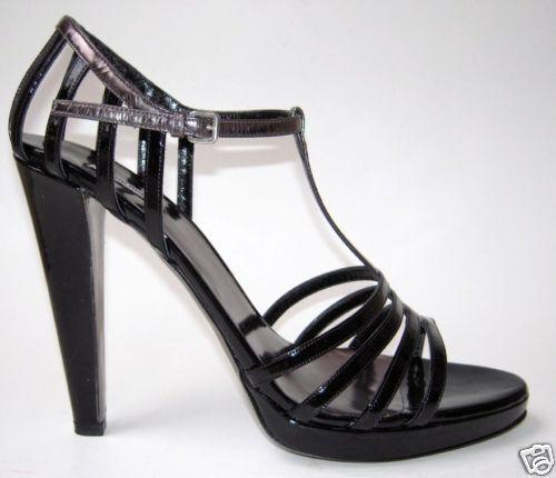 MIU MIU Black Patent Leather Vernice T-Strap Platform Sandals Size 40 10  540