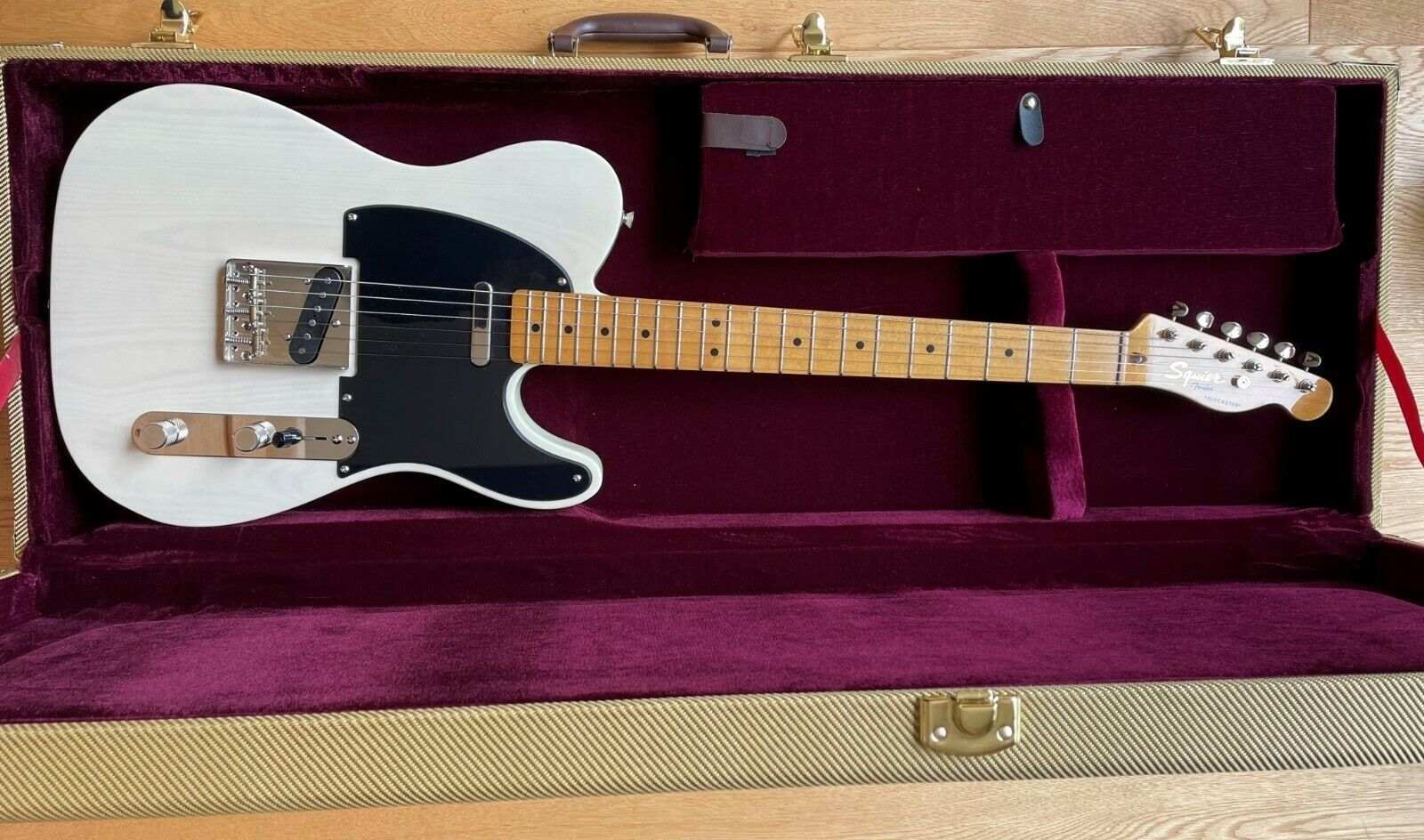 This Squier Telecaster electric guitar is for sale - Squier Classic Vibe 50s Telecaster with case + upgraded electronics