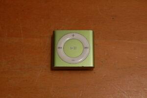 Apple-IPod-Shuffle-4th-Generation-Green-2-GB-Bad-Aux-port