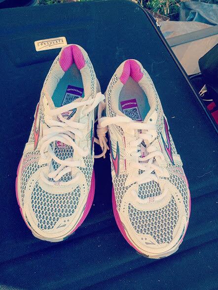 Brooks Adrenaline GTS 12 Größe Runner 35.5 US 5 Damenschuhe Runner Größe MOGO  219.95 24160b