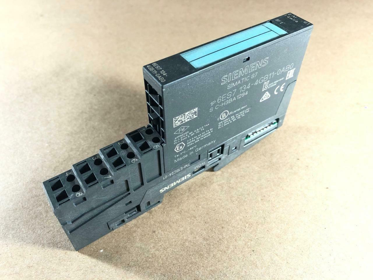 Siemens Simatic s7 6es7 134-4fb01-0ab0 //// 6es7134-4fb01-0ab0