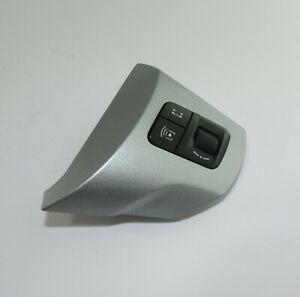13222332-Vauxhall-Corsa-D-Veritable-Direction-Roue-Audio-Controle-Switch-Argent