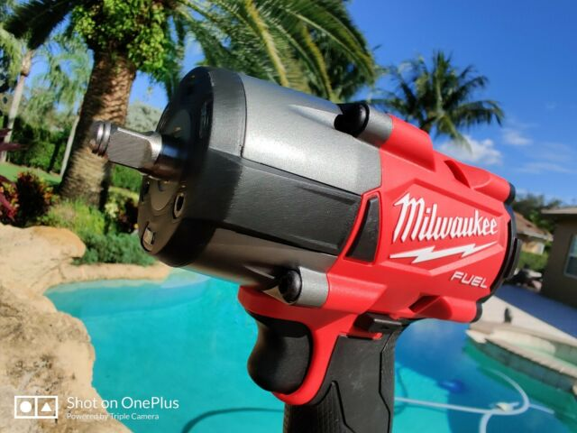 Milwaukee 2960-20 M18 FUEL™ 3/8 Mid-Torque Compact Impact Wrench