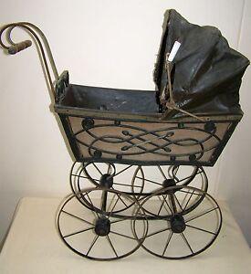 gut erhaltener kinderwagen 20er jahre art deco puppenwagen spritzdekor top deko ebay. Black Bedroom Furniture Sets. Home Design Ideas